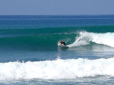 surfing at Surf School Sri Lanka