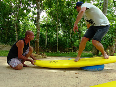 improve your surfing in sri lanka, teaching on the open water