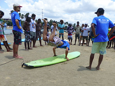giving back - surf instructor training sri lanka